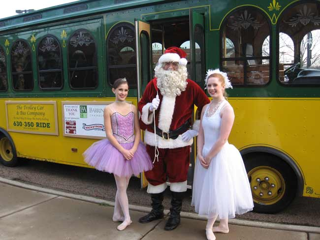 ice-house-mall-nutcracker-santa-trolley