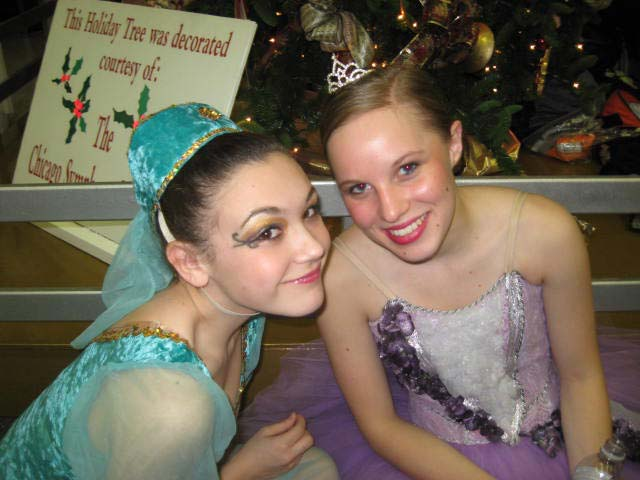 mdc-nutcracker-backstage-friends